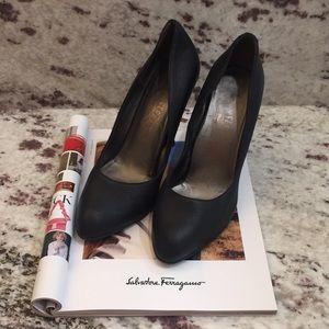SALVATORE FERRAGAMO Authentic Leather Heels Sz 10